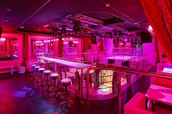 Мужские клубы бурлеск как сейчас работают ночные клубы в спб